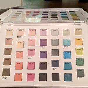 BNIB Sephora + Pantone Universe eyeshadow palette